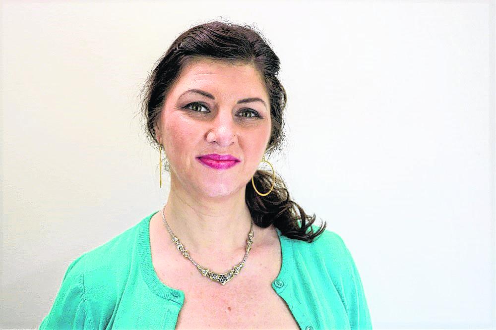 Jennifer Shawn Seaman-Robinson : Marketing Sales Representative